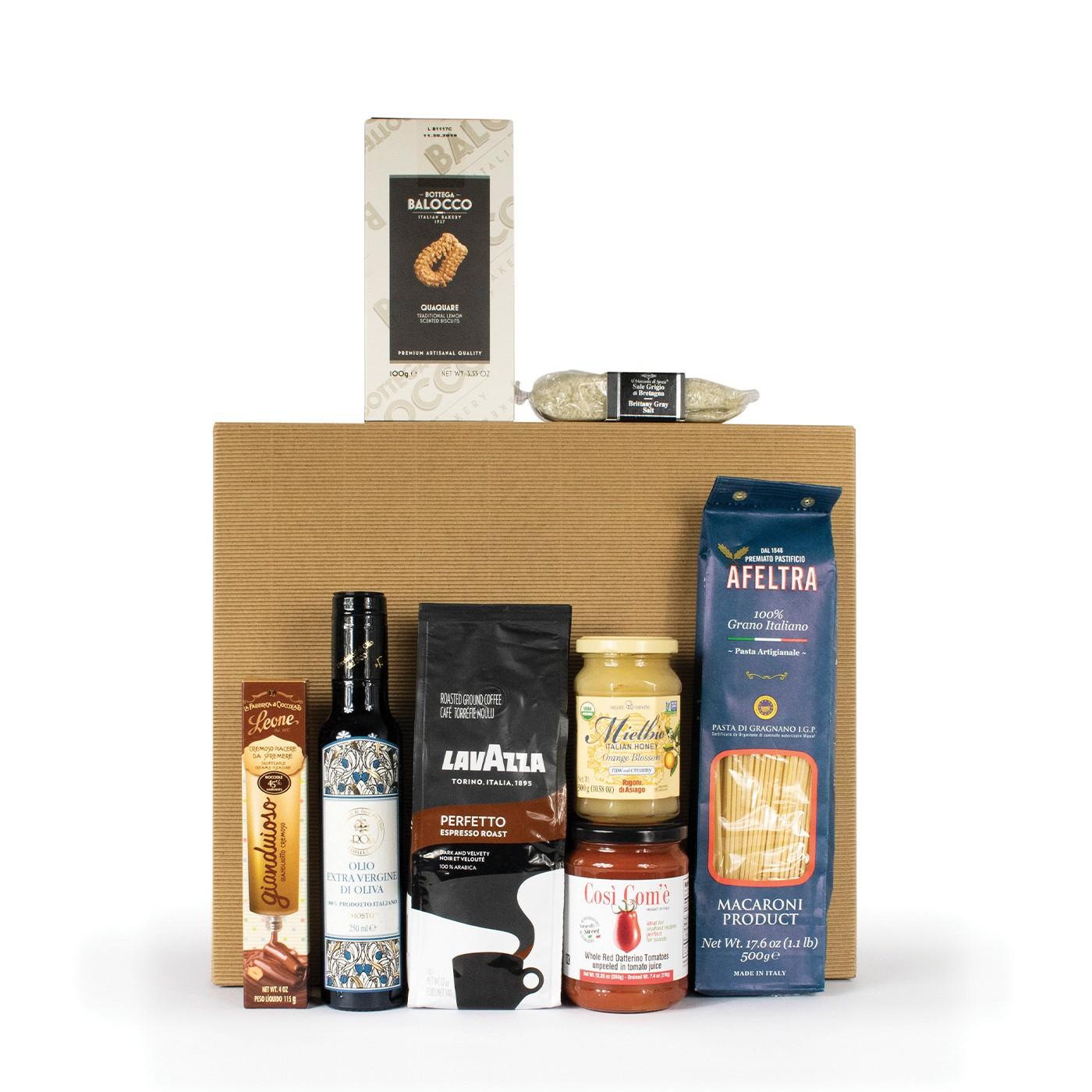 Italian food gift basket: iconic products
